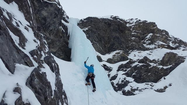ice-climbing-3079329_1280